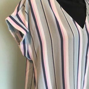 Pink Rose Tops - NWT Pink Rose V- neck Shirt - Sz LARGE